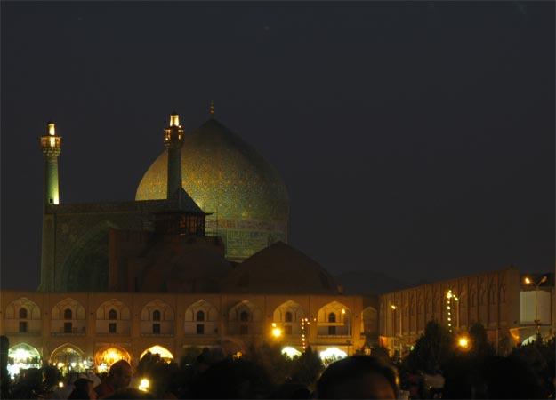 la strada verso Esfahan
