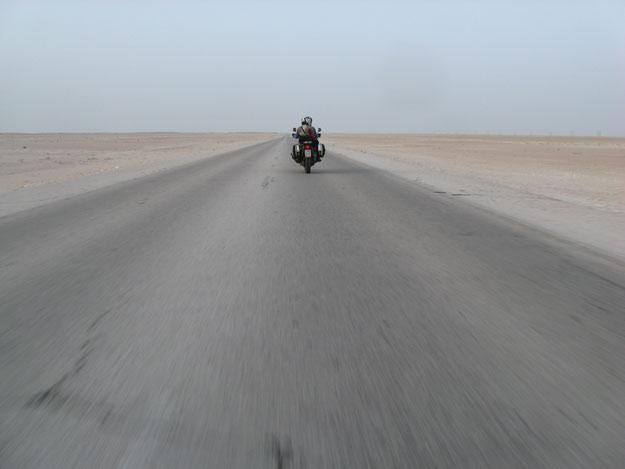 Rub al Khali - Oman in moto
