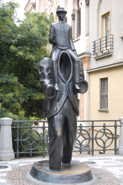 Praga-monumento a Kafka