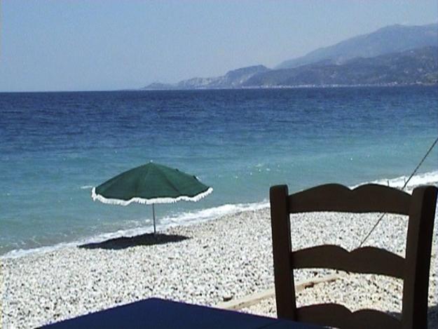 tavernasulmare-grecia