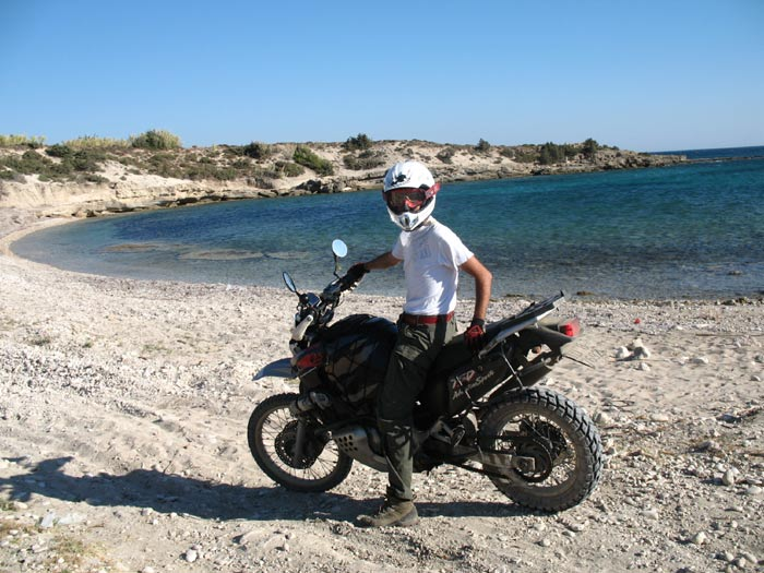 la Canaro Racing su una spiaggia in Turchia