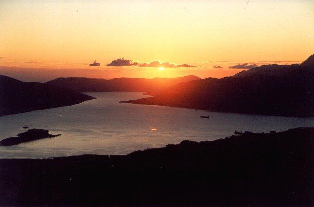 boka kotorska tramonto-rid