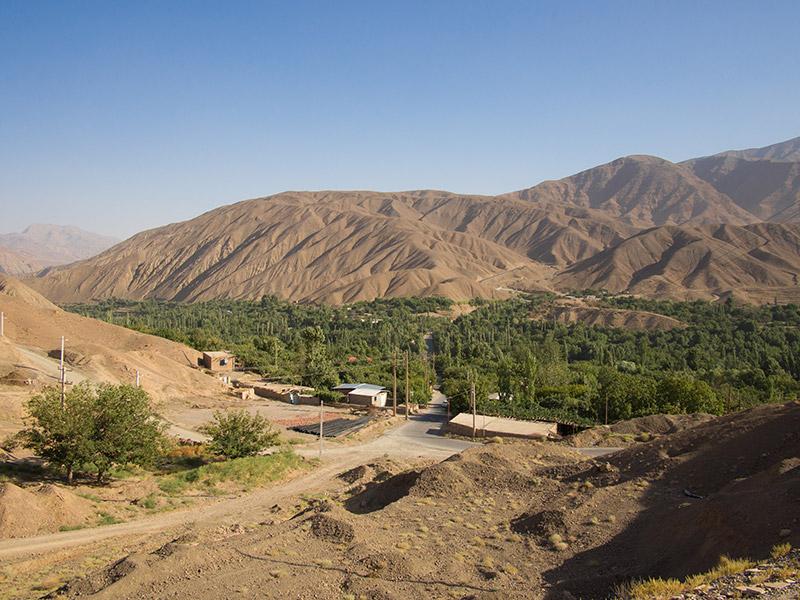 la strada che ci porta verso Shadad