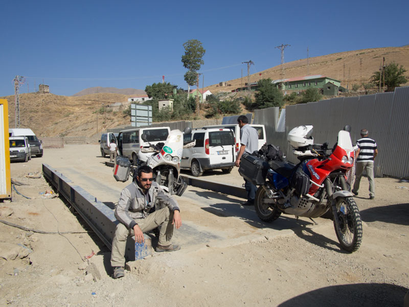 Frontiera Turchia Iran