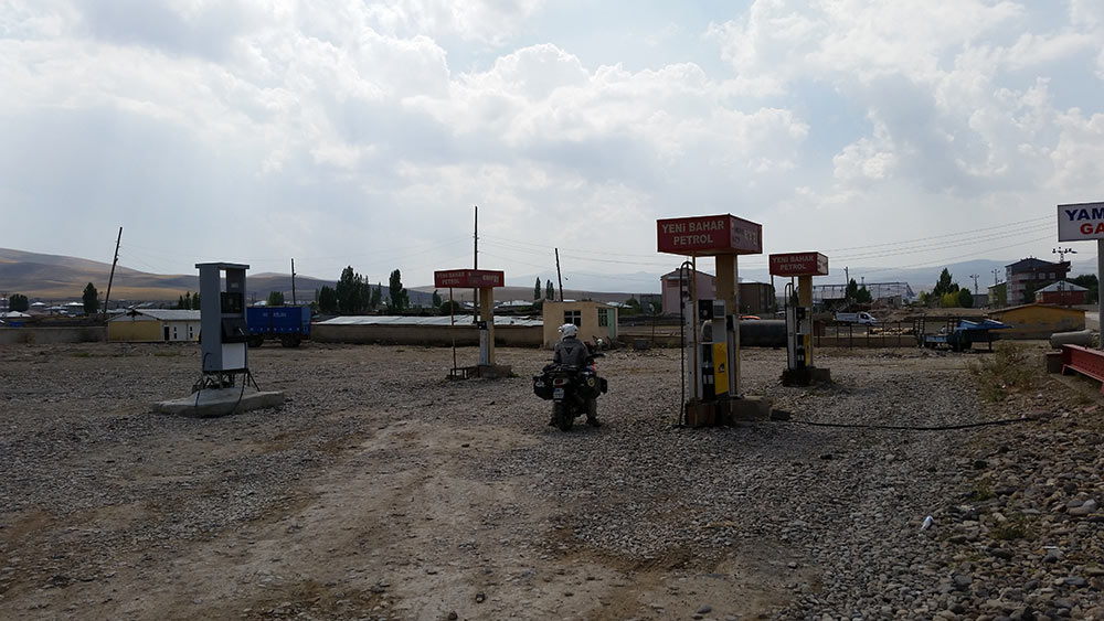 benzinaio che non vede benzina