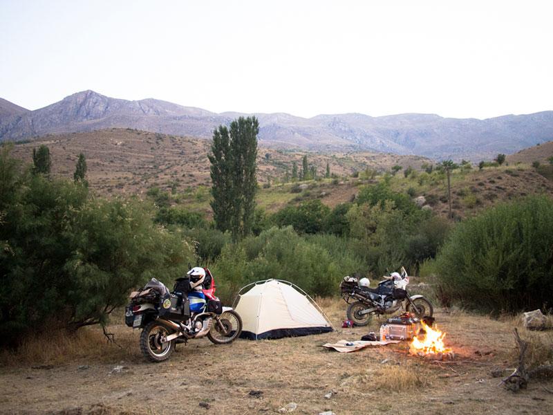 campeggio-vicino-Kolor-Iran-1