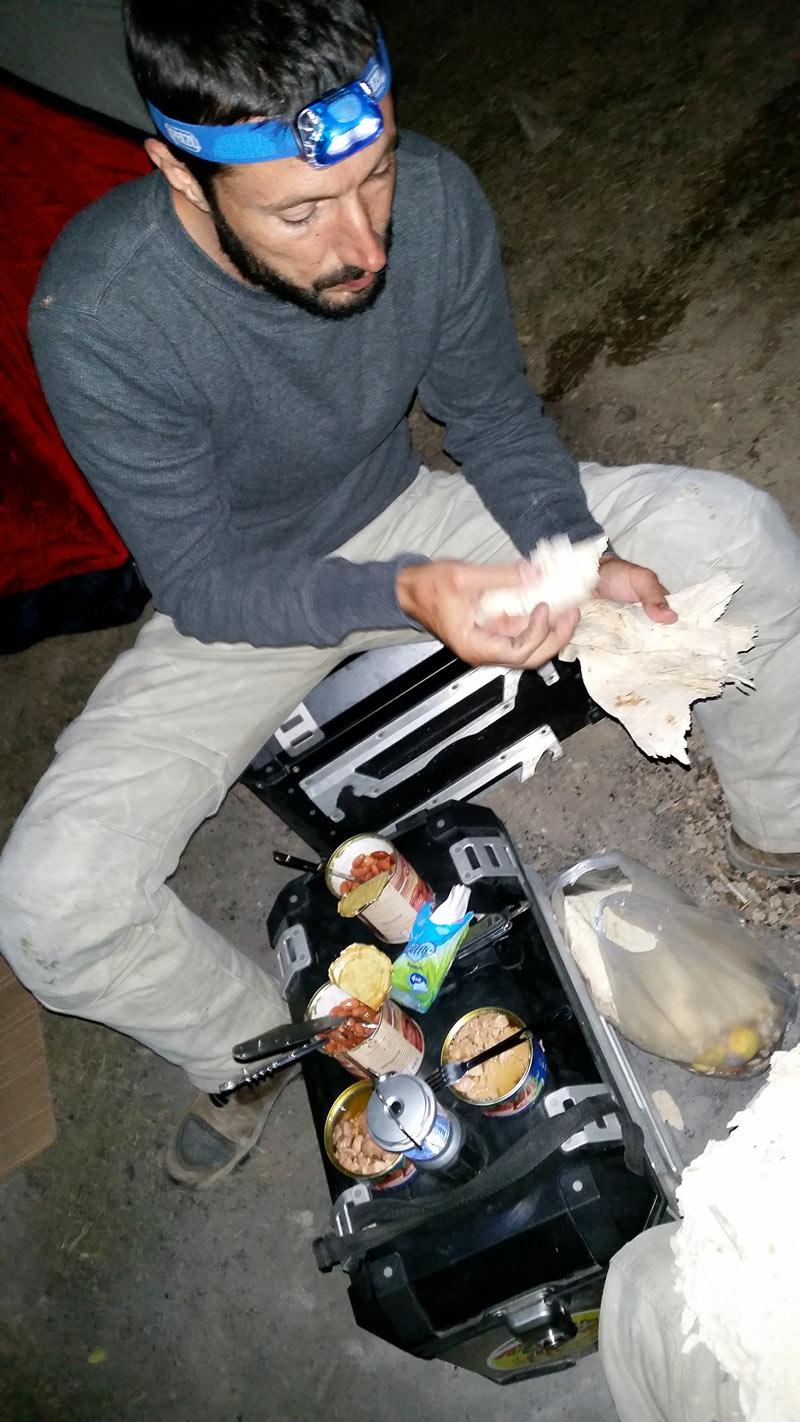 cena Moro e Afgano