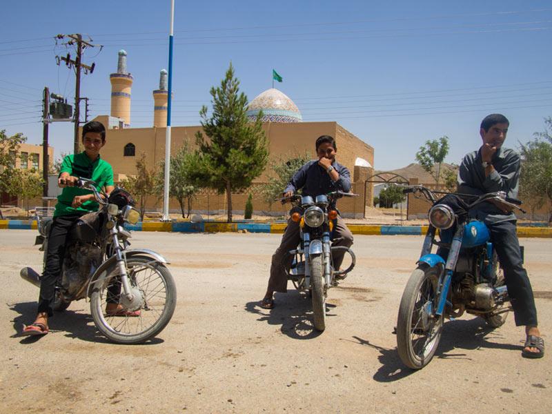 iran-in-moto-2014-esfahan