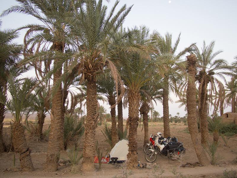 iran oasi vicino tabas