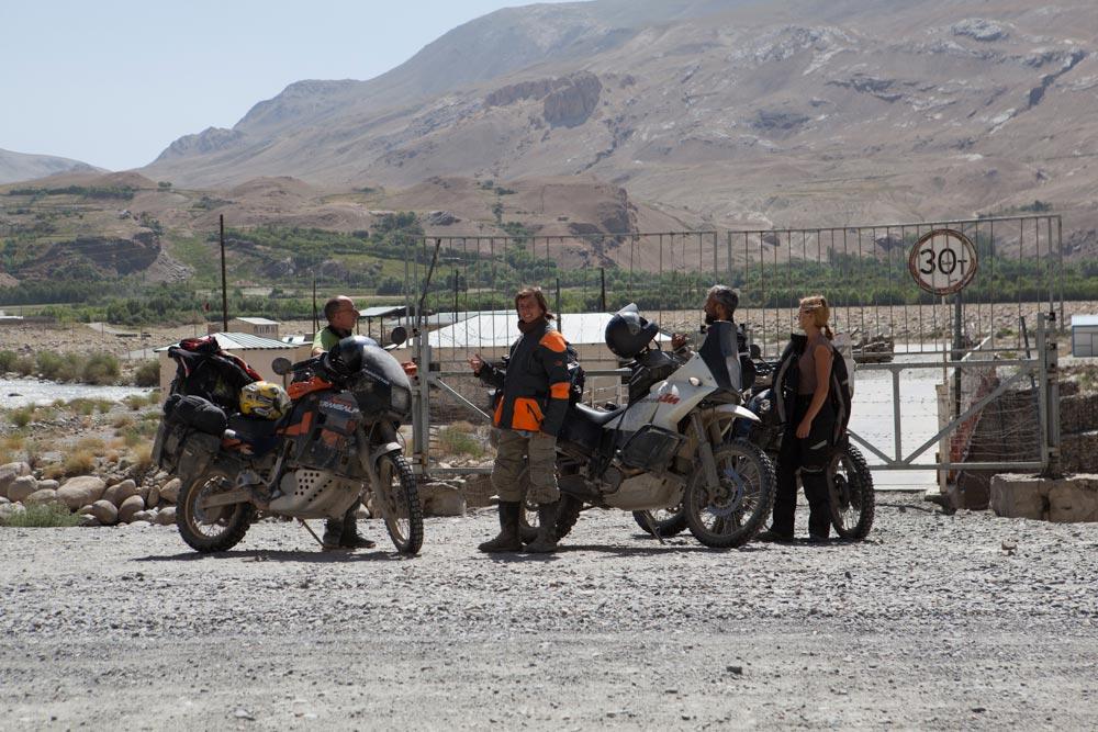 ishkashim border Afghanistan Marker