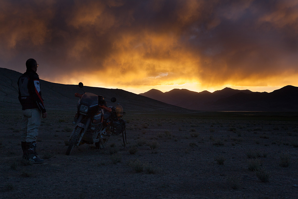 campeggio in Tagikistan