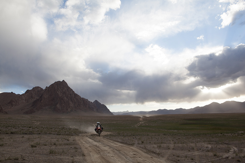 pista verso Rangkul Tagikistan-1
