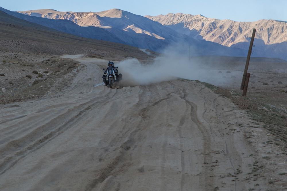 tajikistan afghanistan pamir