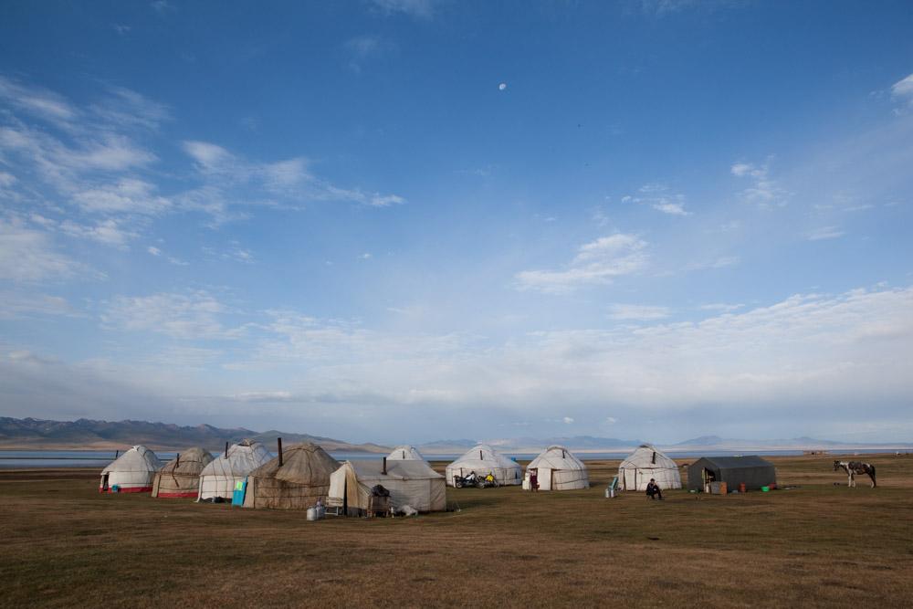 campeggio di Yurte in Kirghistan
