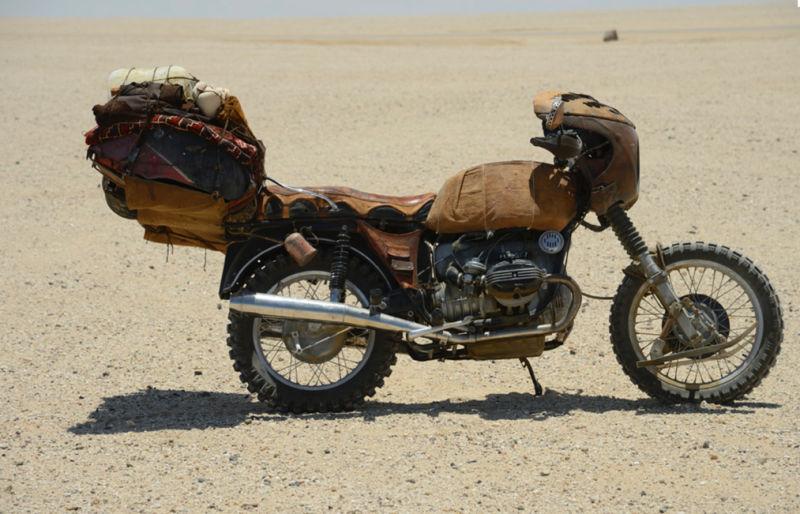 Sporcoendurista moto del film Mad Max Fury Road 11