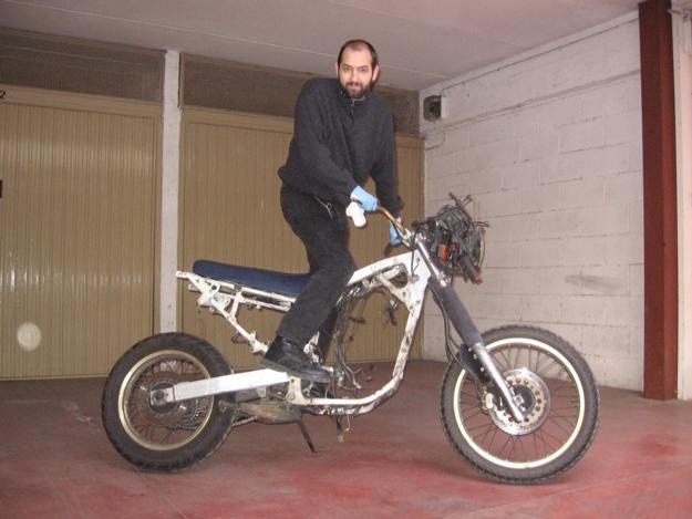 come restaurare una moto africa twin rd04 2