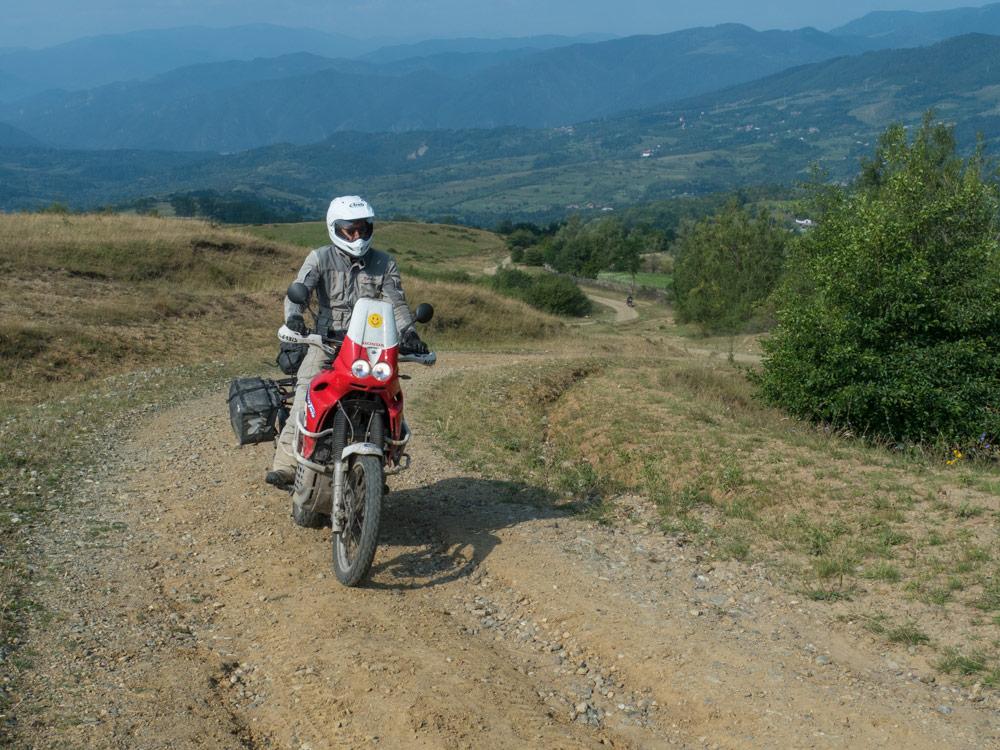 Andrea l'Afghano in Romania fuoristrada