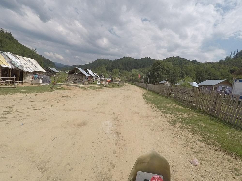 Il villaggio accampamento Rom in Romania