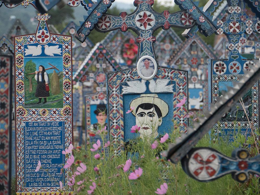Il cimitero Allegro di Sapanta nei Maramure. Romania.